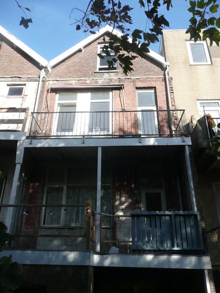 rear facade nr 37